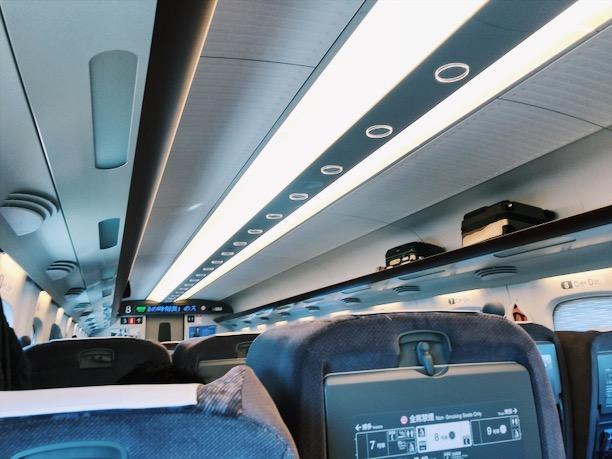 新幹線のぞみグリーン車